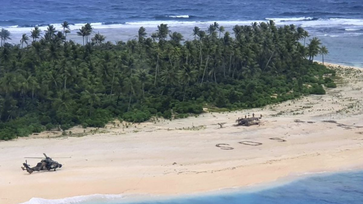 3 men saved after writing 'SOS' in sand of Pacific island
