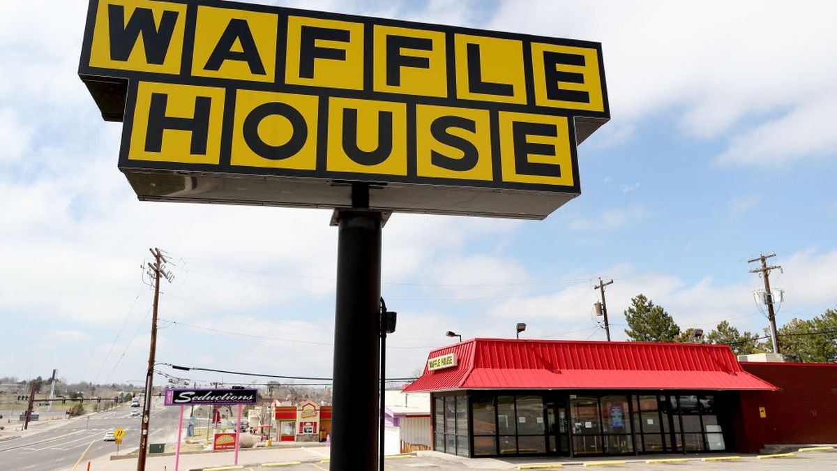 Fantasy football league wager turns into $1,000 tip for Waffle House server