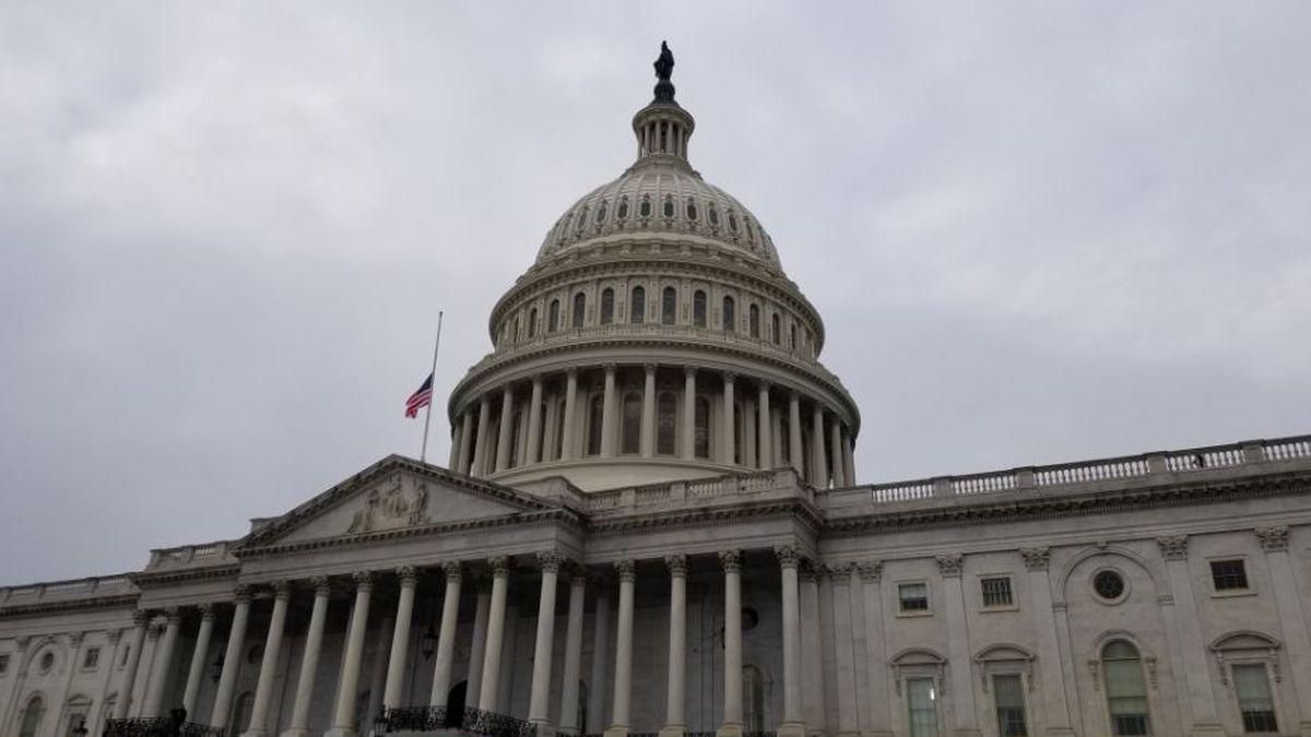 Congress okays two week punt on border wall, shutdown fight