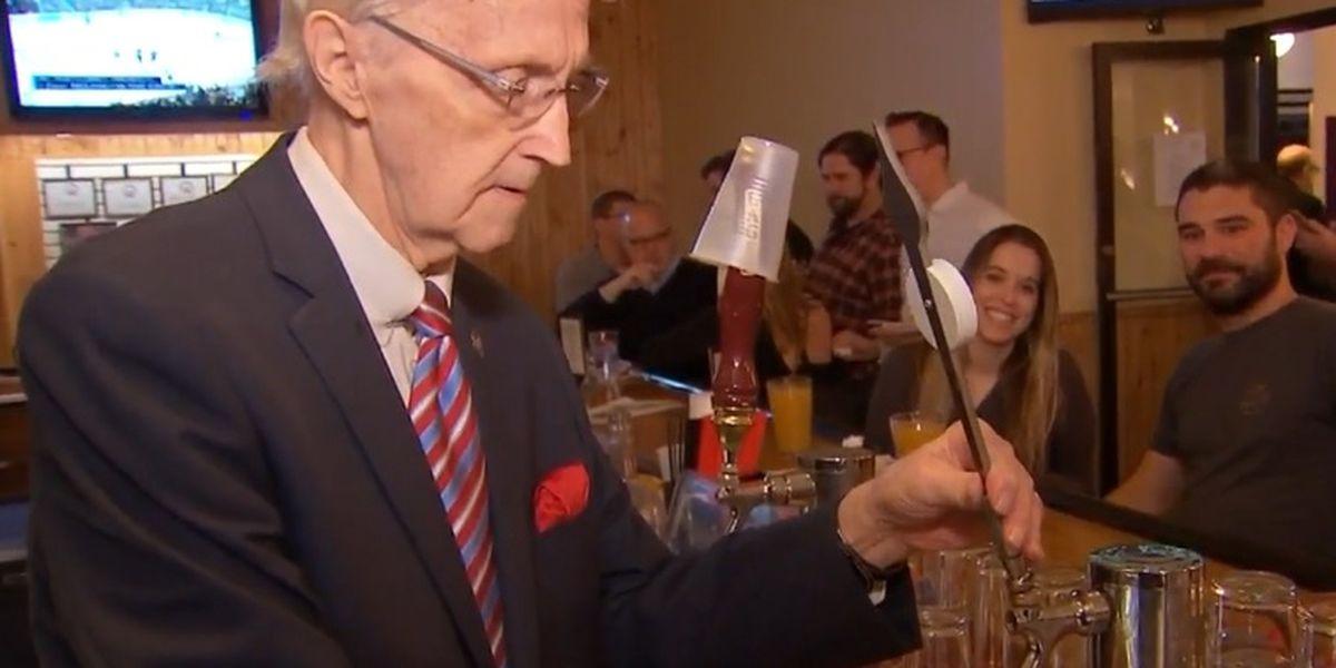 America's oldest bartender serves up 92 drinks to celebrate birthday
