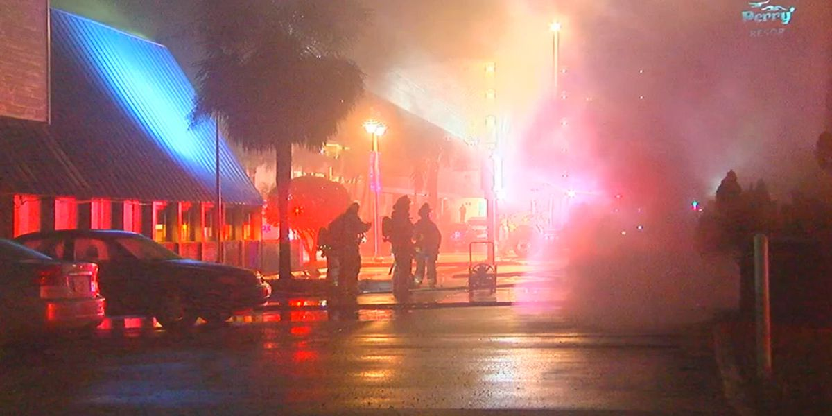 Fire damages gift shop in Daytona Beach Shores