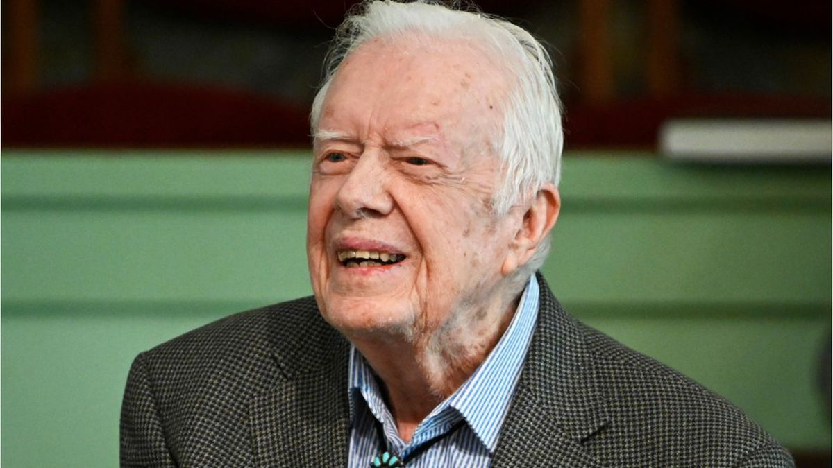 President Jimmy Carter hospitalized for urinary tract infection