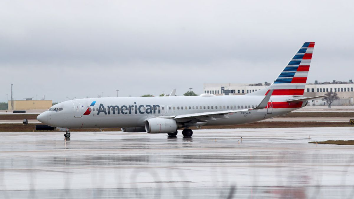 American Airlines flight attendant dies due to coronavirus, officials say