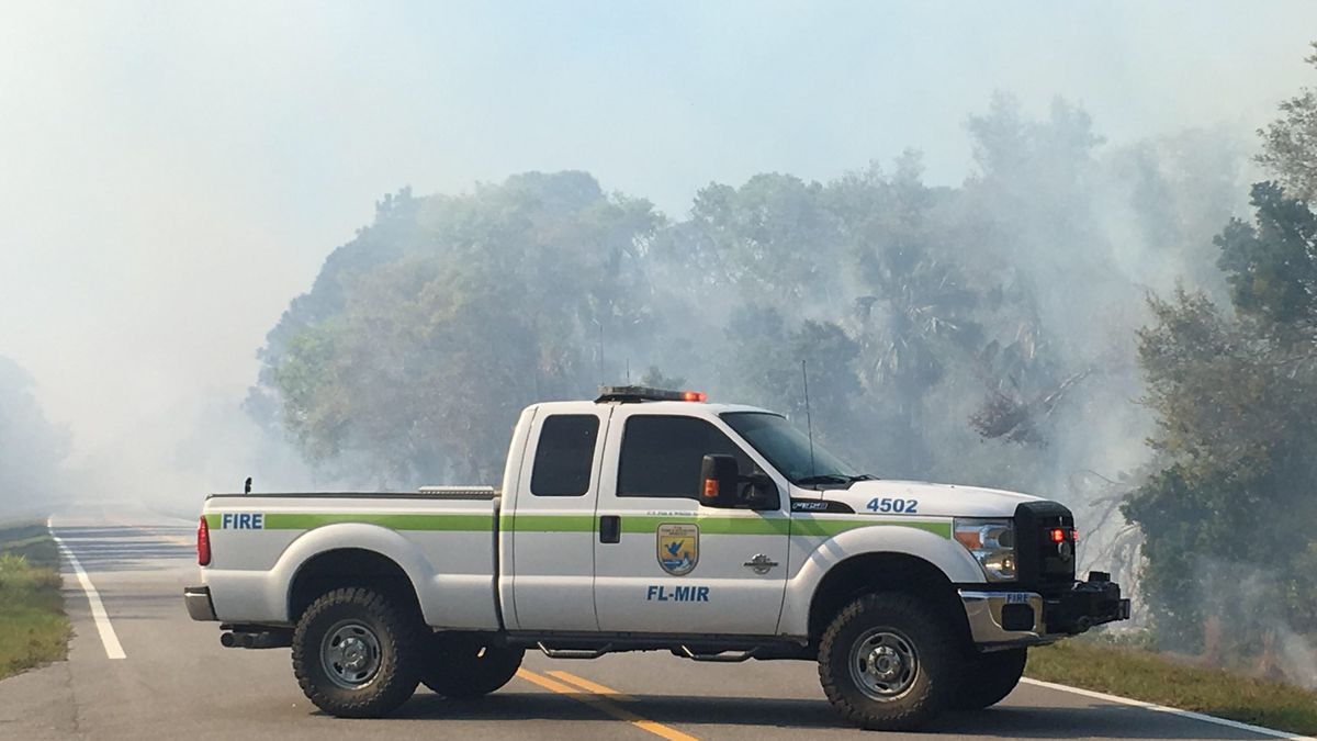 Officials: SpaceX rocket test sparks brush fire