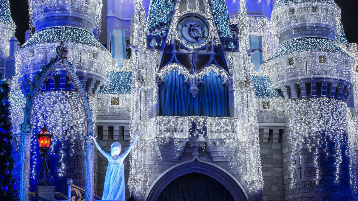 Disney Parks to livestream first Cinderella Castle lighting of holiday season