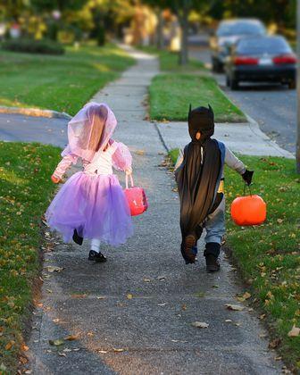 Safe driving on Halloween night: Orlando Toyota tips