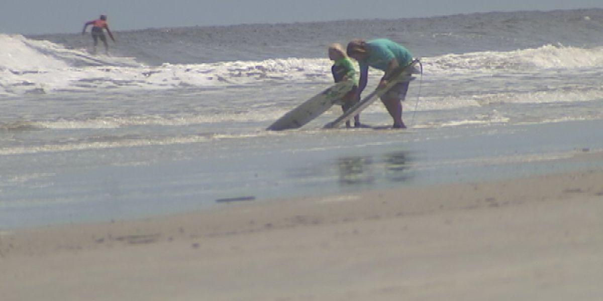 New Symrna Beach >> Teen Bitten By Shark While Surfing On New Smyrna Beach