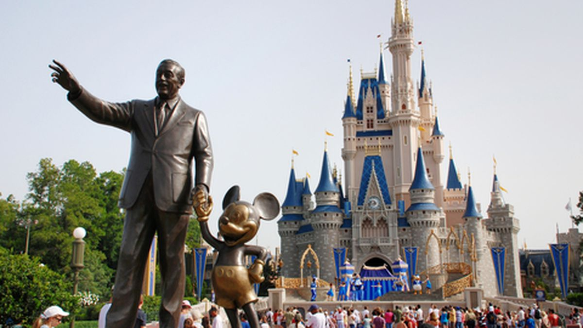 Easy Disney World Planning: The Tips You Need to Organize Your Trip Into the Parks